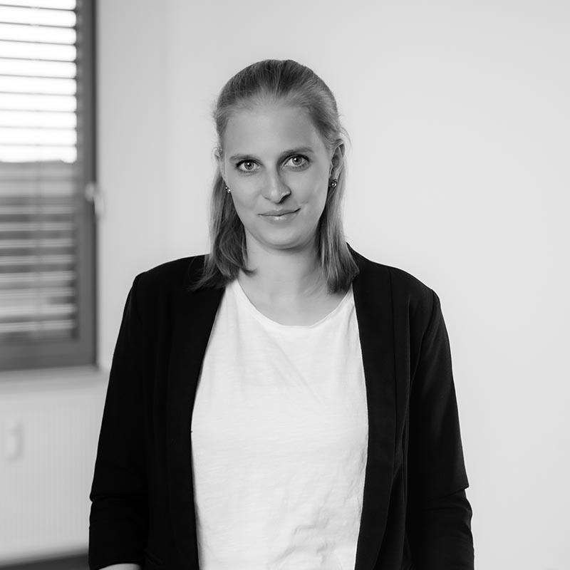 Laura Ambross